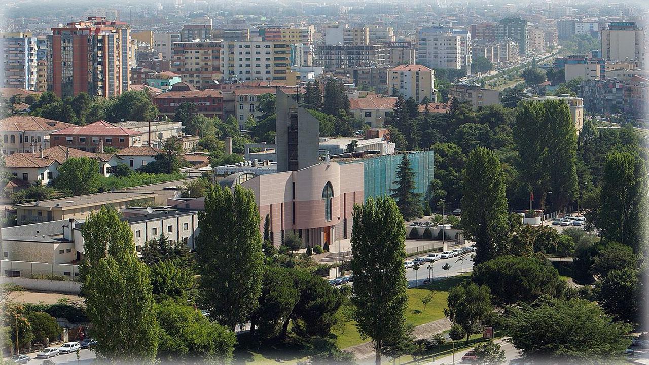 Столица Албании
