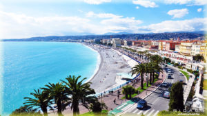 Лазурный берег побережья Франции