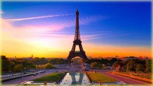 Эйфелева башня - Париж
