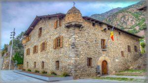 Каса-де-ла-Валь или Дом Долин (Casa de la Vall)